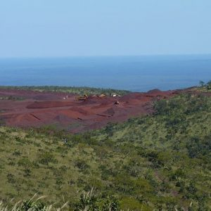 Cerro Mutún CC by SA 2.0. - Green88