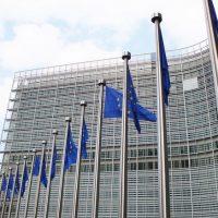 Arbitrajes previos al ingreso a la UE no pueden vulnerar autonomía del Derecho de la Unión