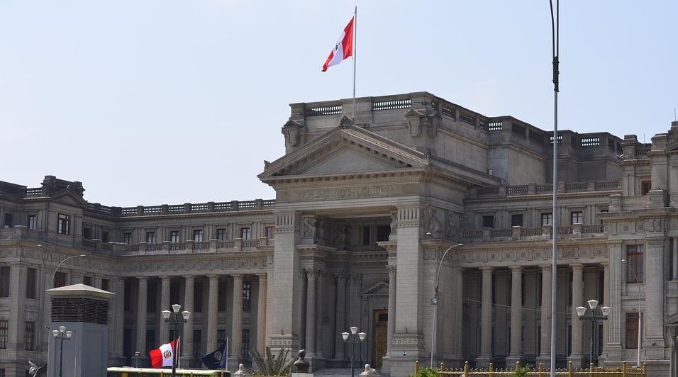 Perú: Predictamen propone derogación de DU que modificaba Ley de Arbitraje