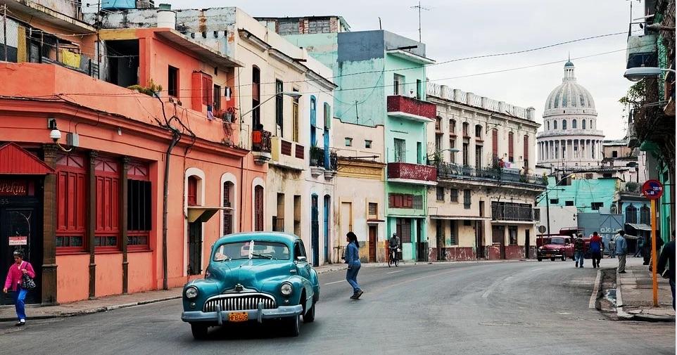 Algunas comparaciones entre el arbitraje en Cuba y el arbitraje en Perú