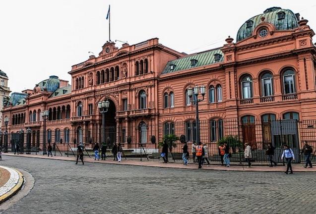 Argentina quiere revisar los acuerdos de inversión para evitar arbitrajes